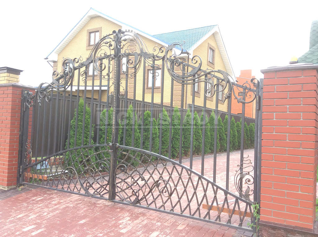 Откатные ворота подвесного типа в Путилково